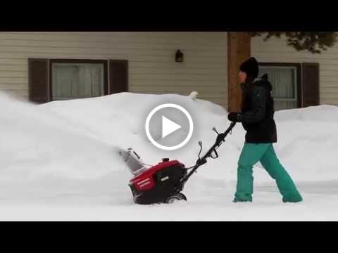Honda HS720 Snow Blower Overview